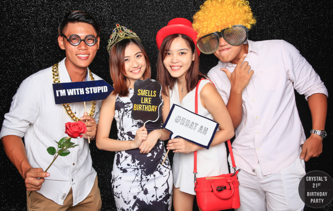 Different Kinds of Photobooths: Pick The Right Choice